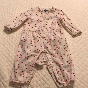 Baby Girl Heart Romper 6-12M Great used condition!